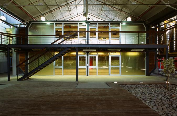Biblioteca del Centro Metropolitano de Diseño.
