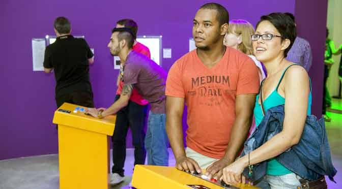 Charla sobre la cultura «gamer» en la Fundación Telefónica