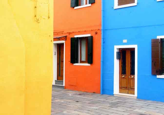 Las casas de Burano, paletas de colores plenos