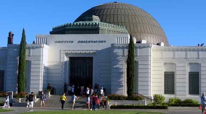 El Observatorio Griffith, una puerta al cielo en Los Ángeles