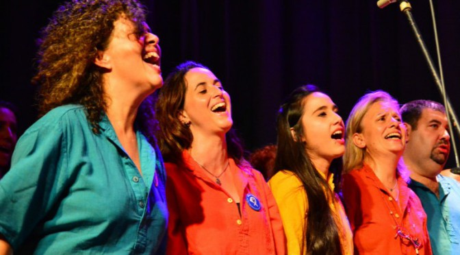 El coro «Cumpa» se presenta en el espacio cultural «Nuestros hijos»