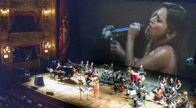 Recital de Lola Ponce en el teatro Colón