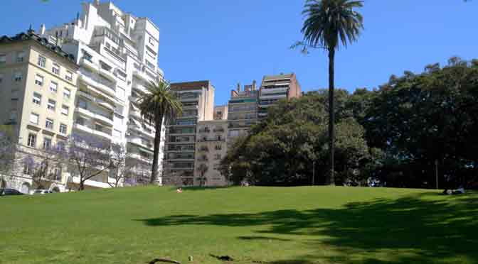 Plaza San Martín de Tours y avenida Alvear desde un Alcatel One Touch Idol 3