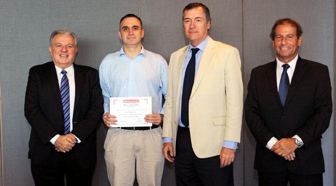 Un equipo de la UBA gana competencia de talento del Banco Santander