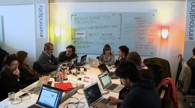Becarios ICFJ Knight comparten herramientas gratuitas para periodistas de investigación