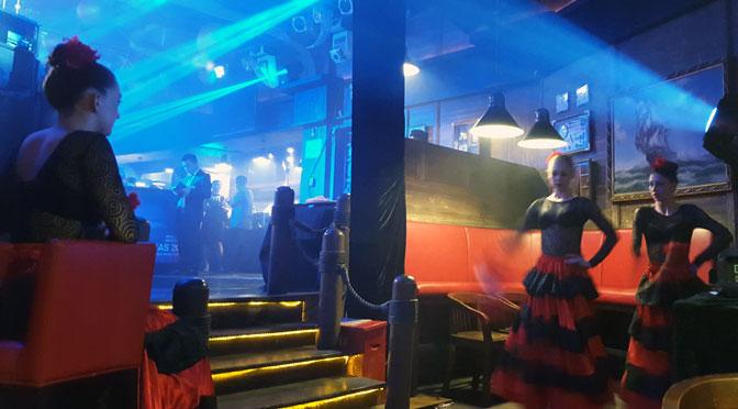 Una noche con bailarinas rusas de flamenco en un hotel español en China