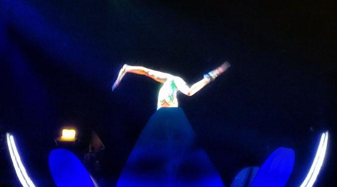 En remolinos, de Soda Stereo, en Sép7imo Día del Cirque du Soleil