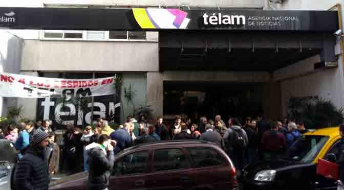Despiden a 353 empleados de la agencia de noticias Télam