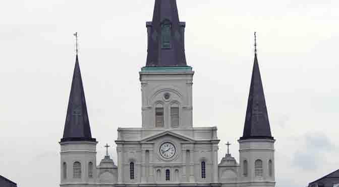 La catedral de San Luis, un remanso en el Barrio Francés en New Orleans