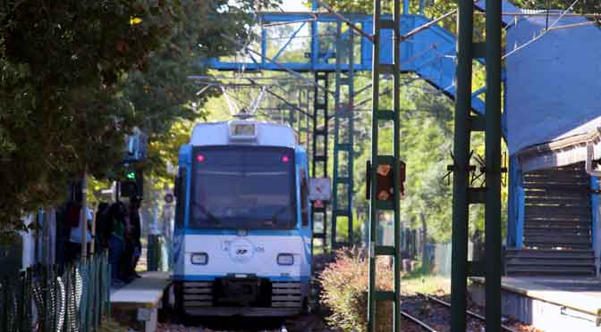 El Tren de la Costa en la estación Anchorena