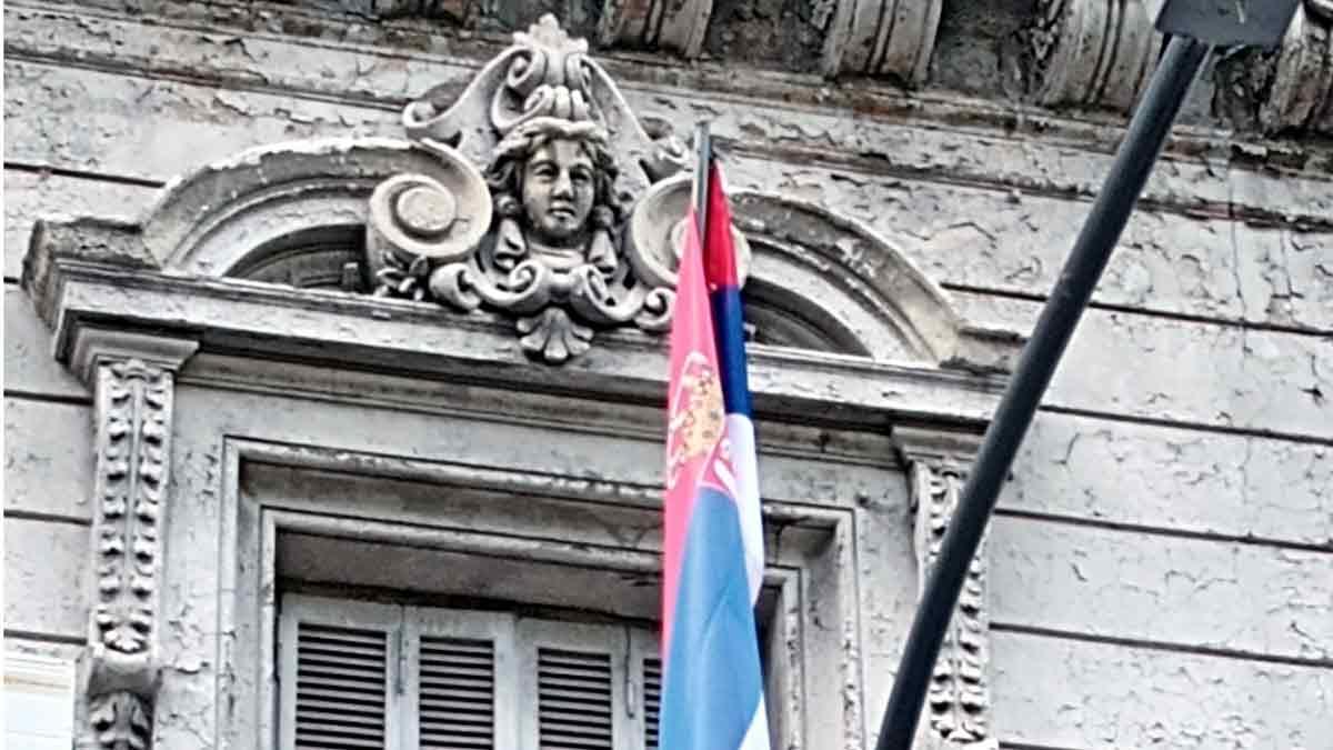 La embajada de Serbia, una reserva del estilo ecléctico en Recoleta