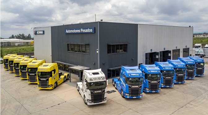Scania entregó 13 camiones de nueva generación a Trans Gol