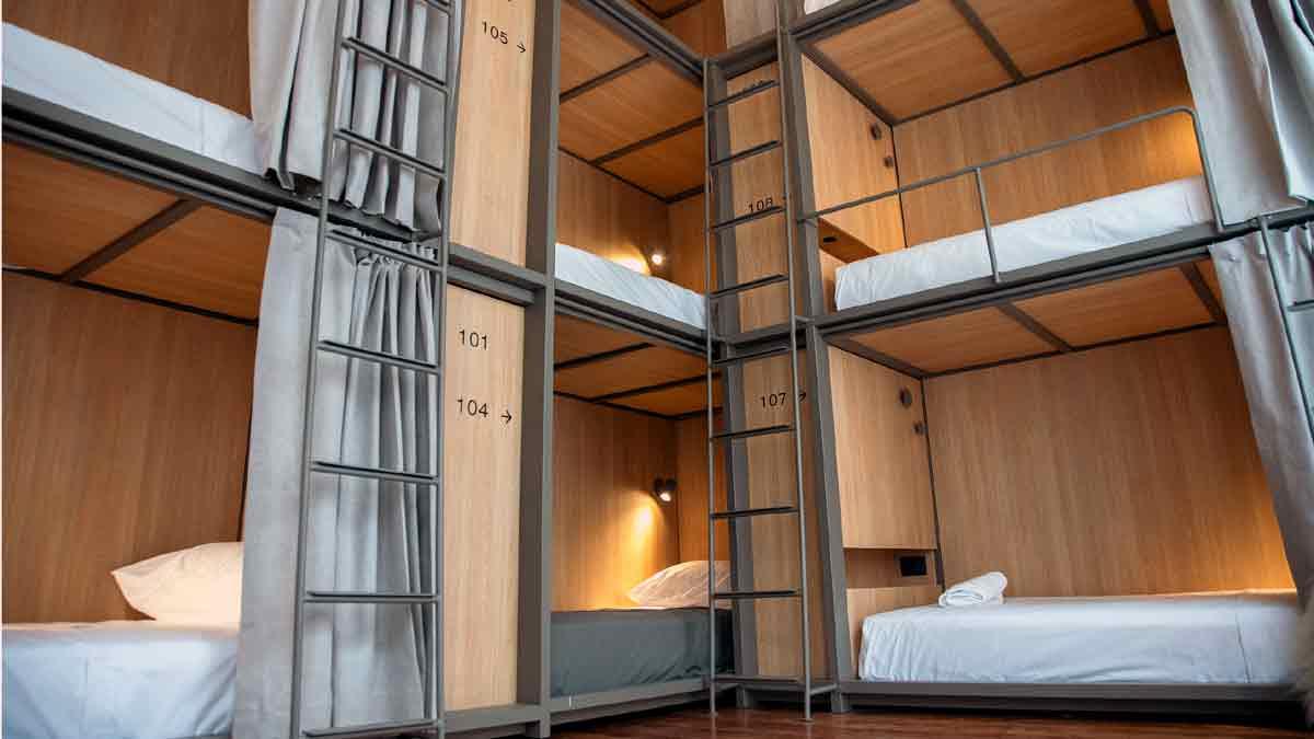 Un hostel en Buenos Aires ofrece camas cápsulas súper size