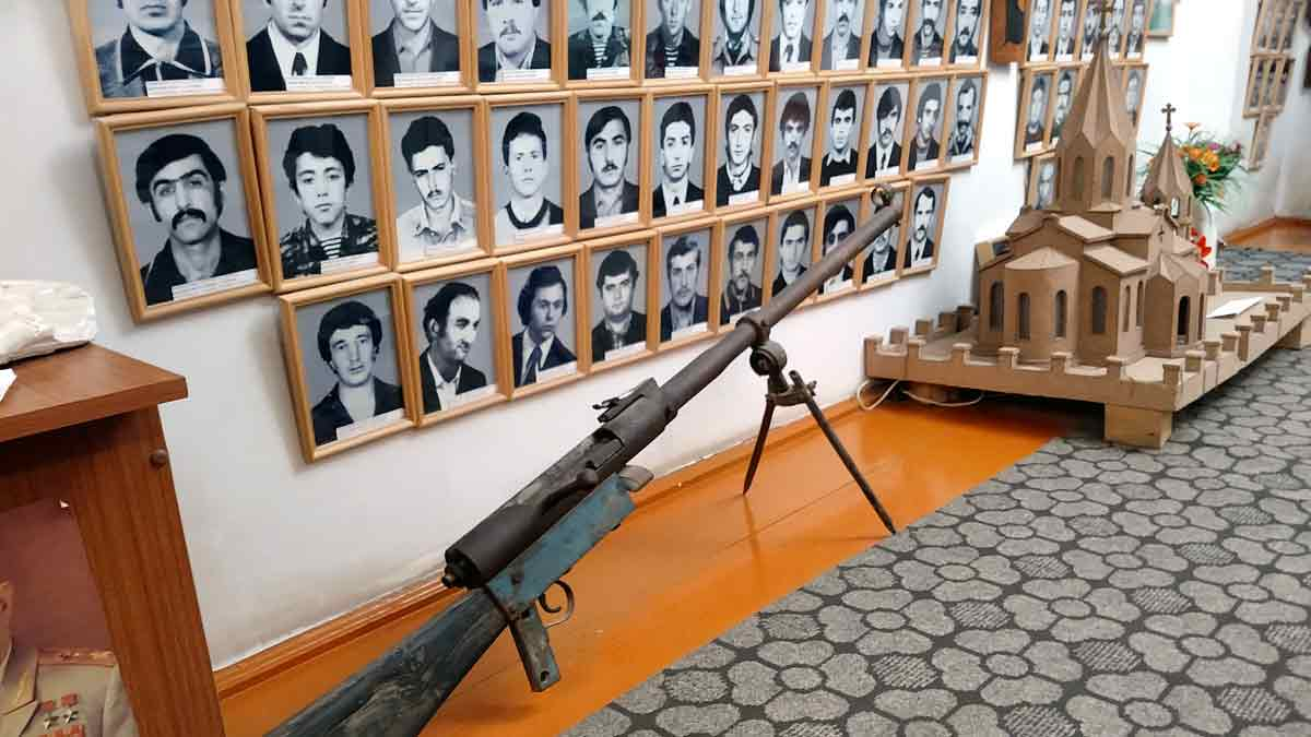 Museo soldados Artsaj guerra Armenia Azerbaiján