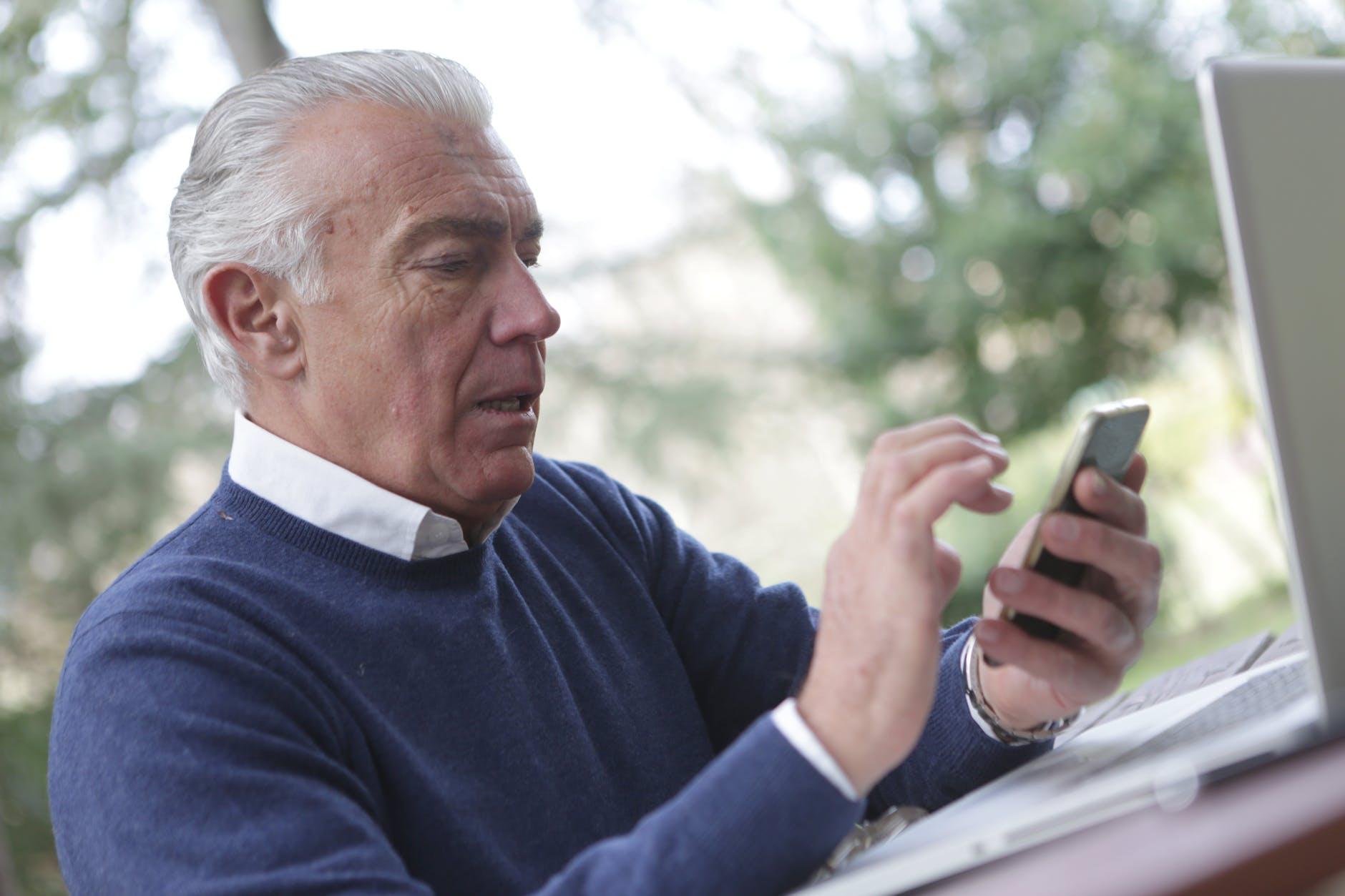 Emprendedores mayores de 40 años: capacitación sobre ventas en Facebook