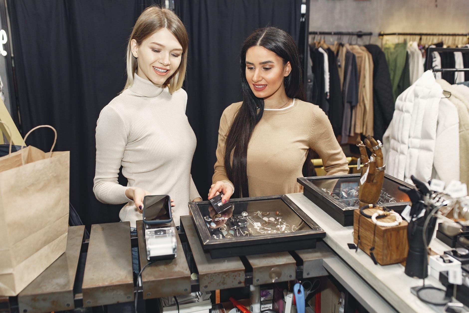 Prisma y Clarín lanzan Bimo, una billetera móvil con el programa 365