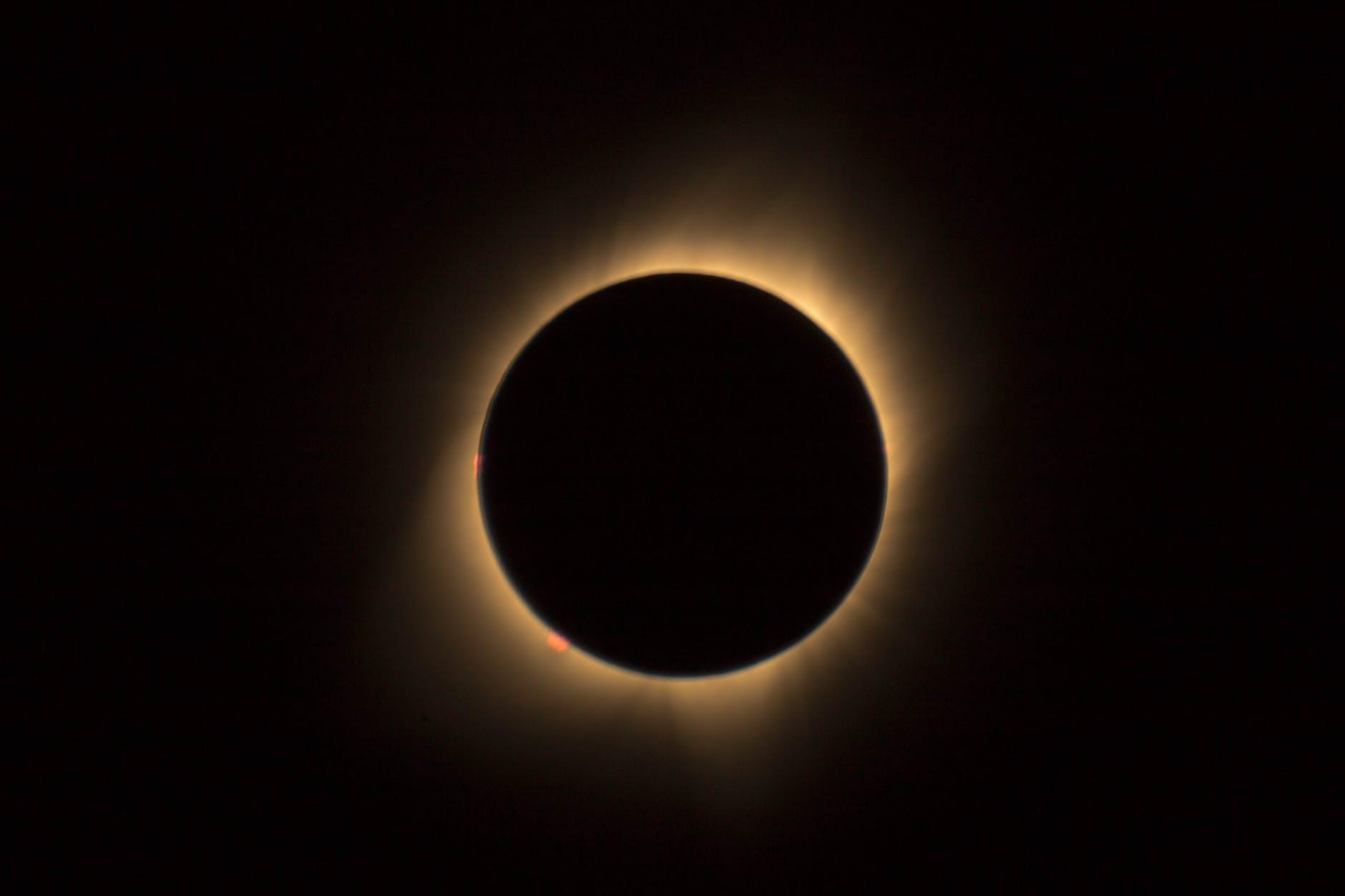 Eclipse de Sol: ¿dónde se podrá ver por TV en vivo desde Río Negro?