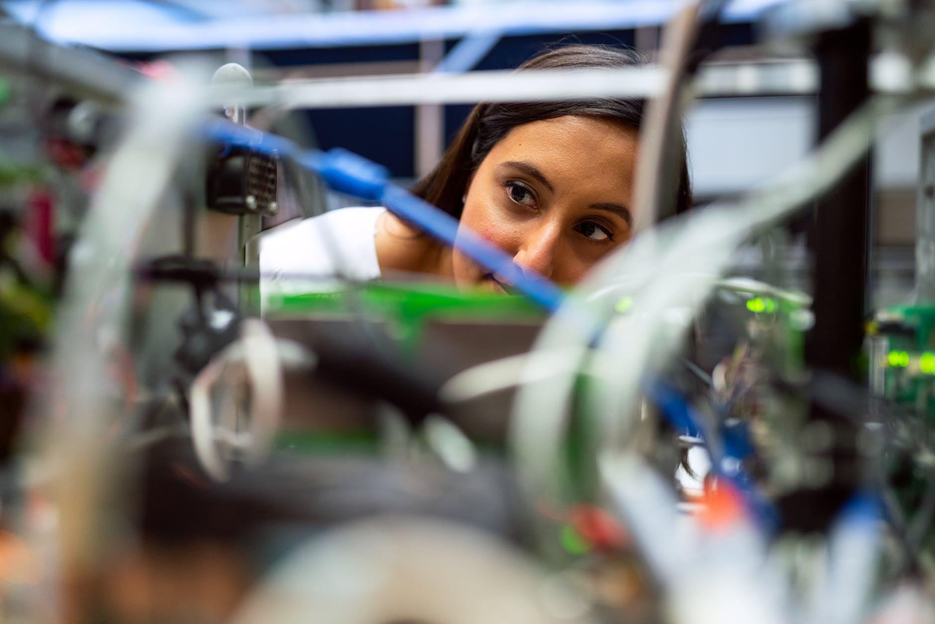 Las mujeres representan sólo el 20,7% del empleo industrial formal