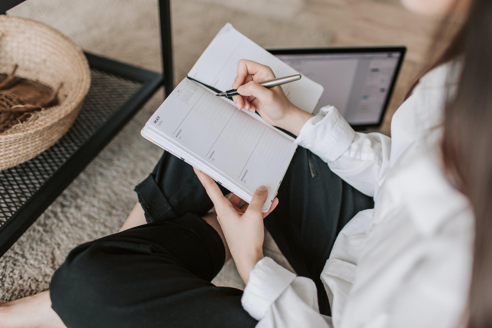 Mayores de 50 años: Accenture premia un artículo periodístico sobre los excluidos invisibles del mercado laboral