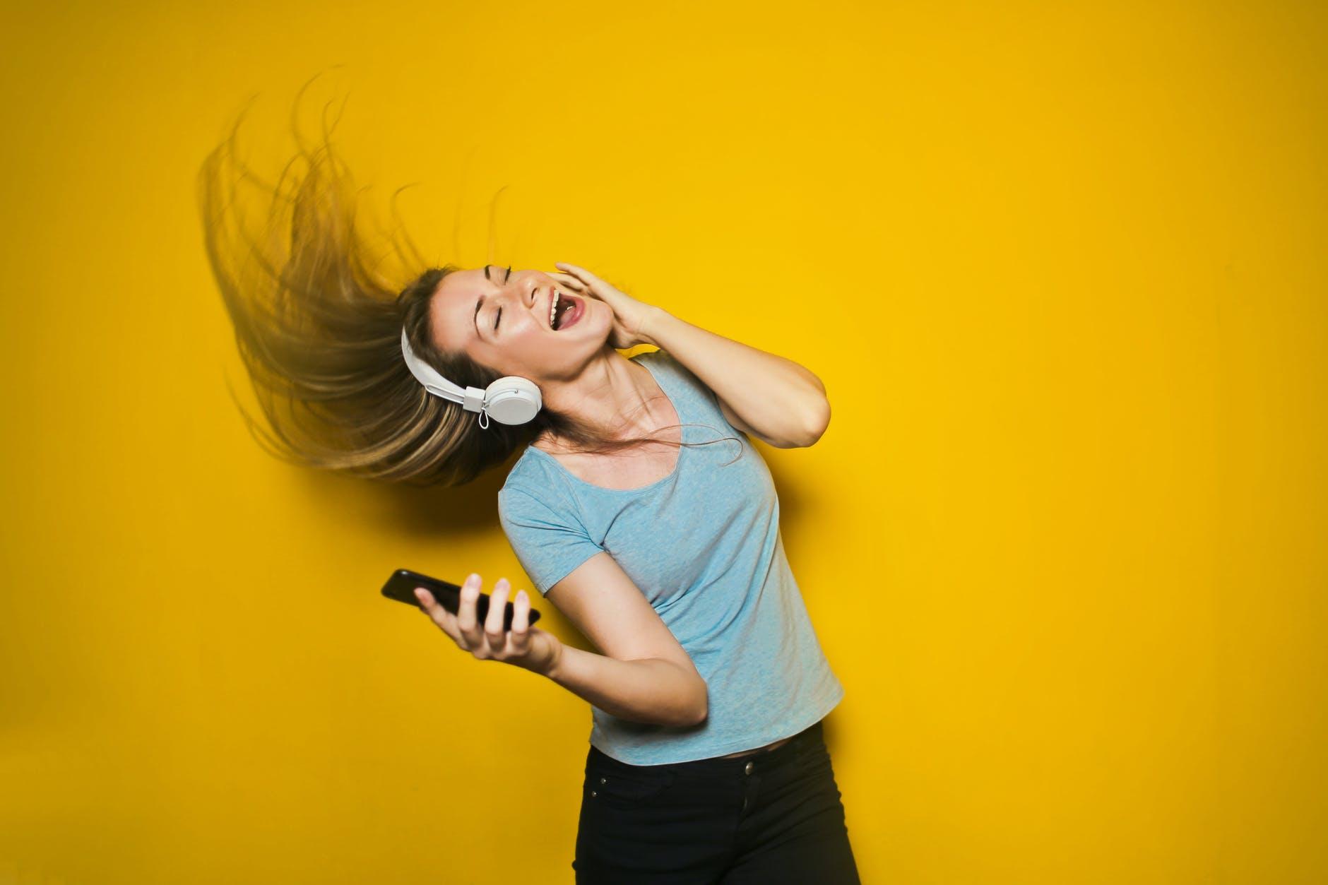 Movistar incorpora Deezer a su oferta de contenidos