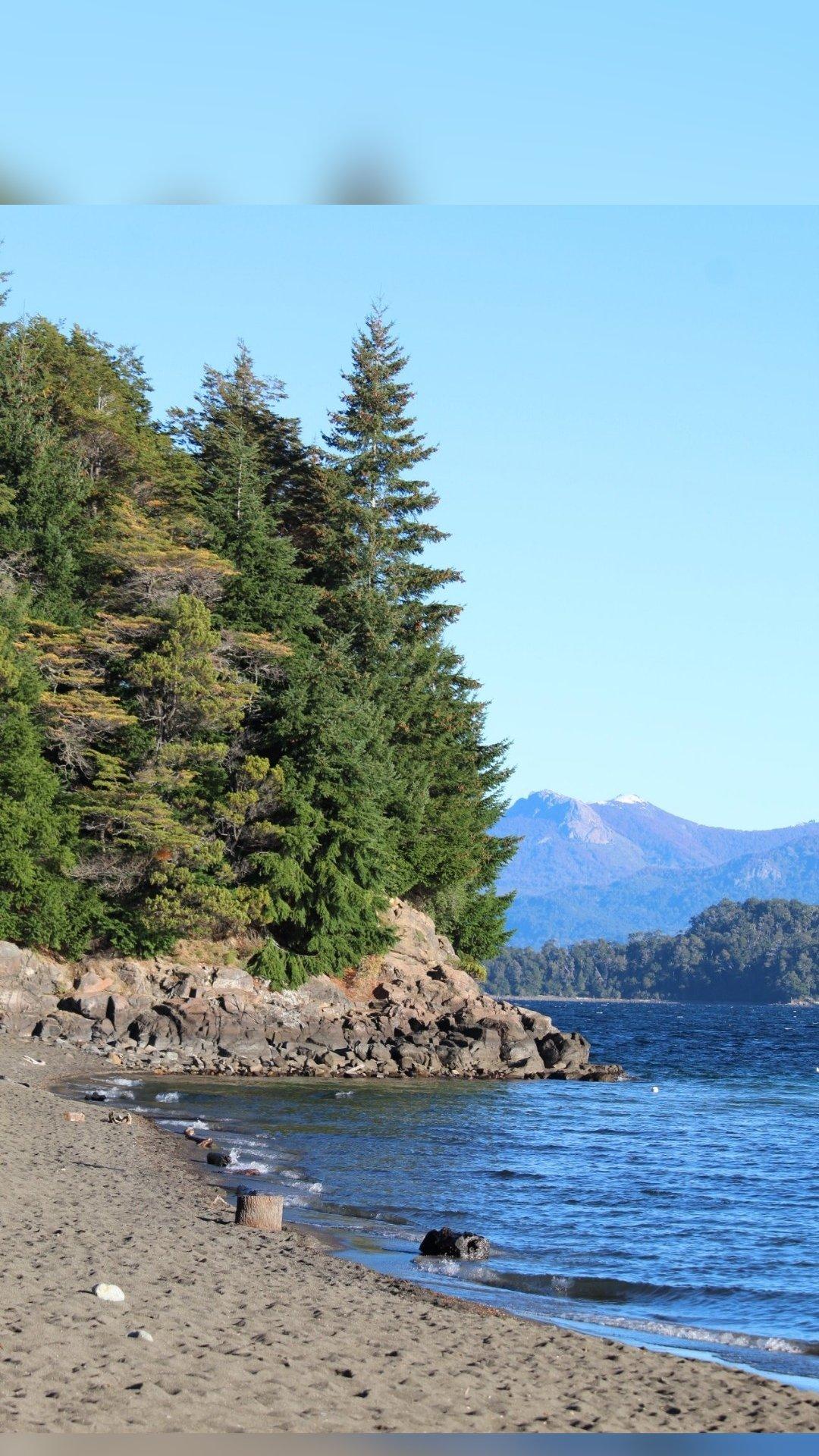 Bahía y península Manzano, Neuquén, Patagonia, Argentina