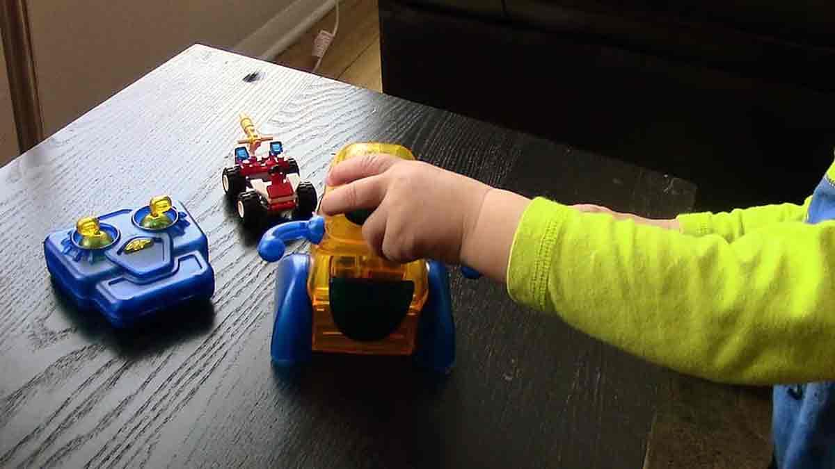 Día del niño: colecta solidaria de juguetes en el hospital y la Casa Garrahan