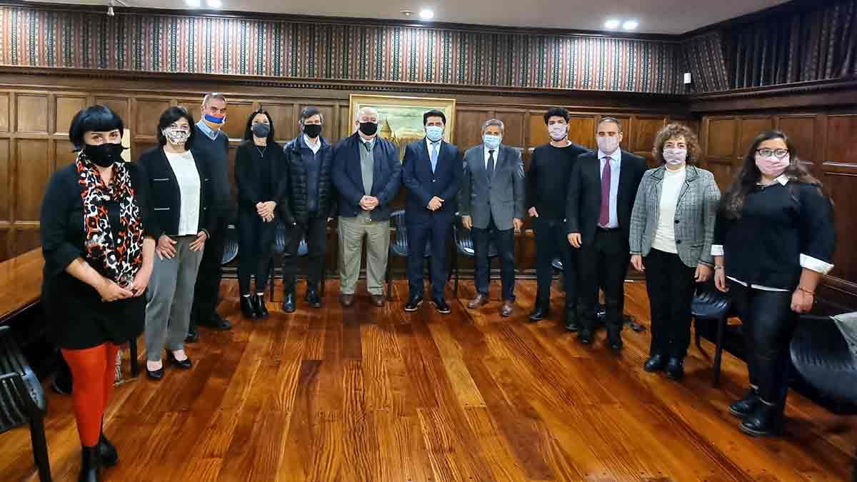 Medios y diplomacia en una reunión con el embajador de Armenia en la Argentina