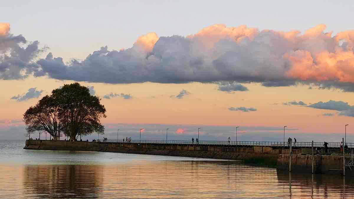 El espigón del puerto de Olivos, en 42 fotografías del Samsung Galaxy A72